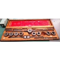 LITTLE GIANT SCREW PLATE TAP AND DIE SET