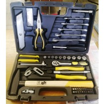 Cromwell workshop.61 Piece Tool Kit in Carry Case